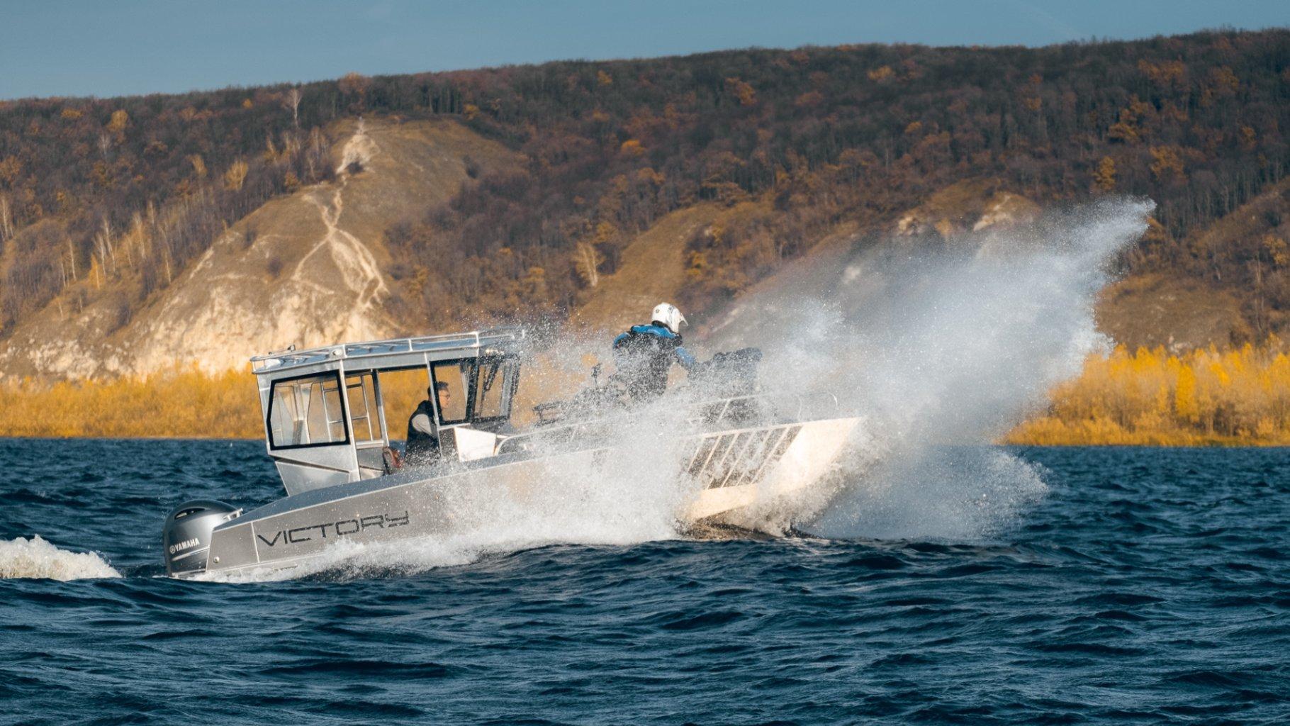 landing-craft- Victory W6 (1)