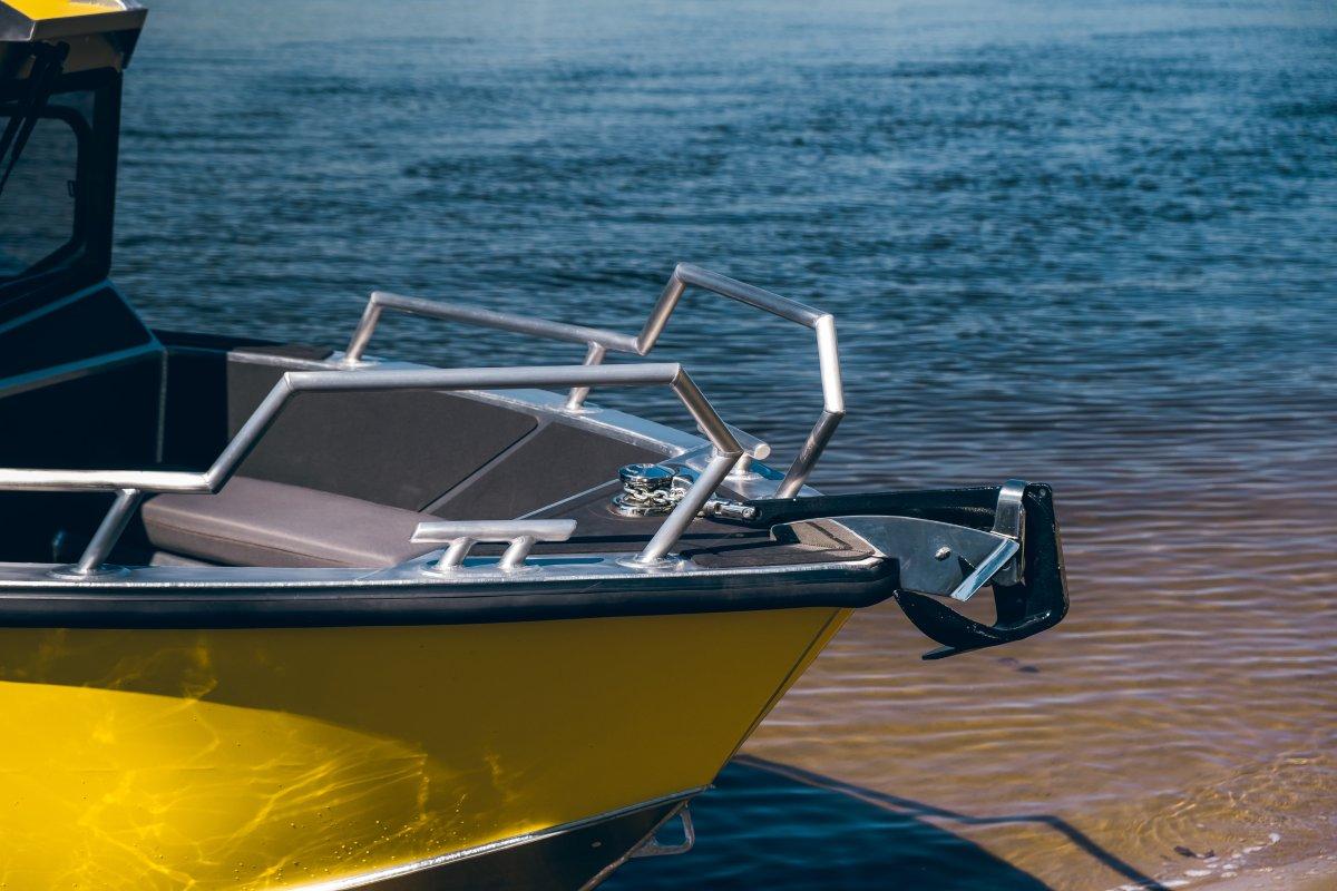 Windlass in bow